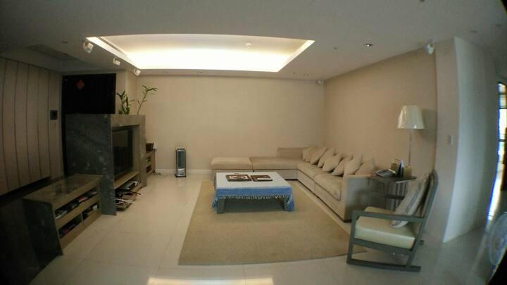 淡水紅樹林高級住宅大樓  5-star-level Apartment in Danshui