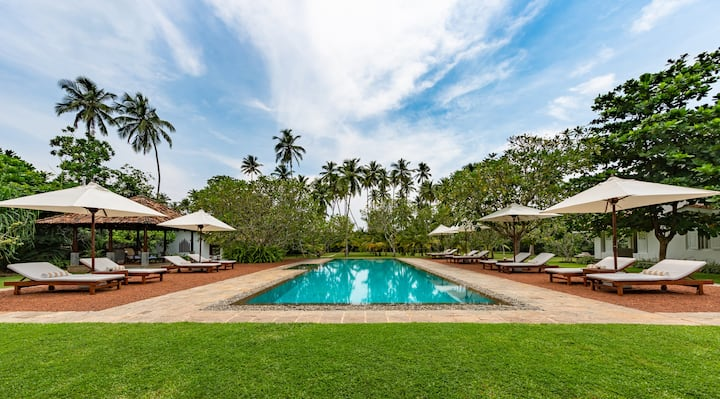 Six Bedroom Heritage Beach Front Villa with Pool