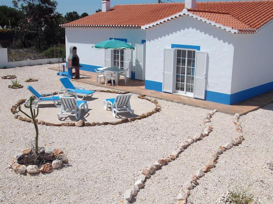 Casa Rural - sunny back garden