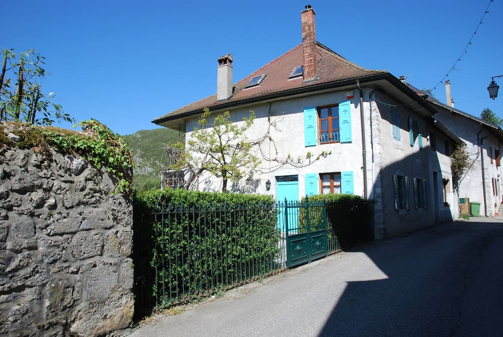 Beautiful village house in Talloires centre