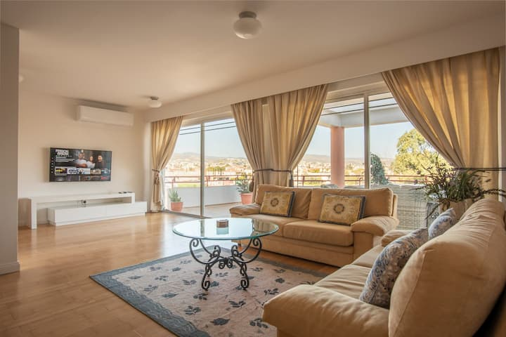 Grand Panoramic Penthouse   300 m from the beach