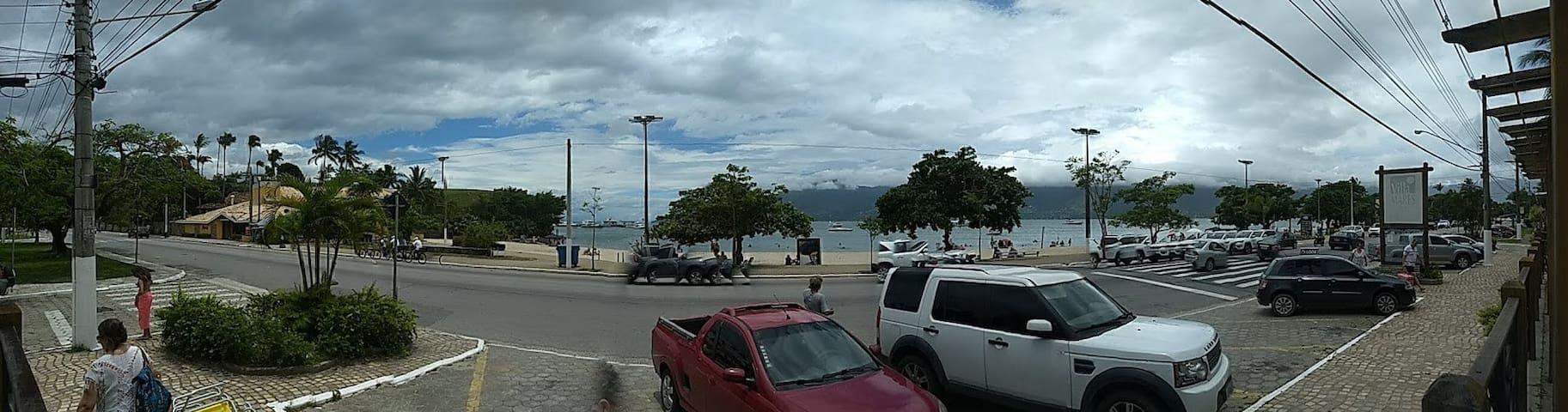 Aconchego/ Praia Arrastão/ São Sebastião/SP.
