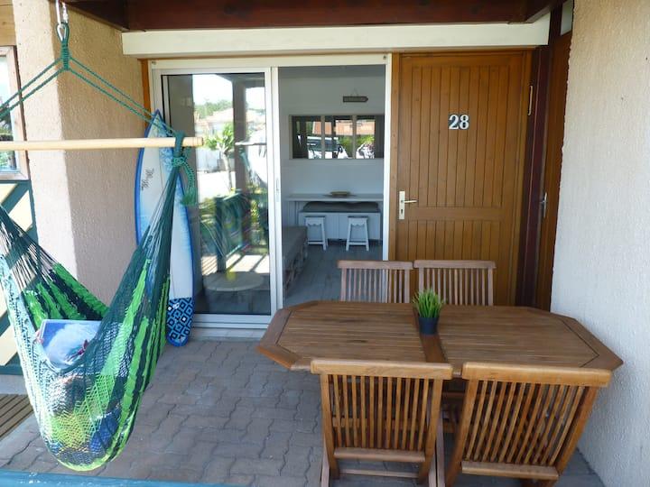 T2 cosy pk piscine à 200m de la plage du Santocha