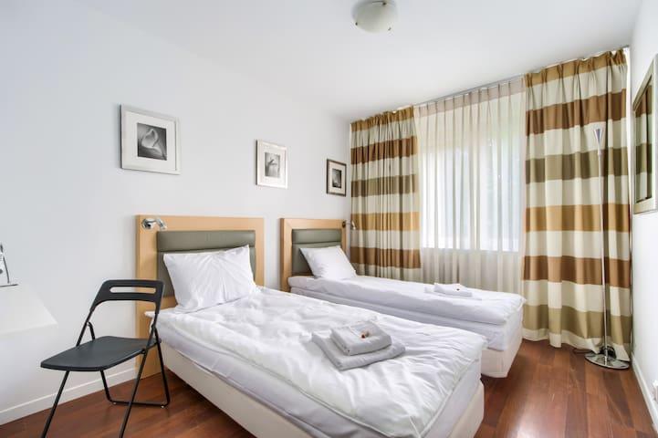 comfortable room ☆ Z-4 ☆ metro ☆ SGGW ☆ Vistula