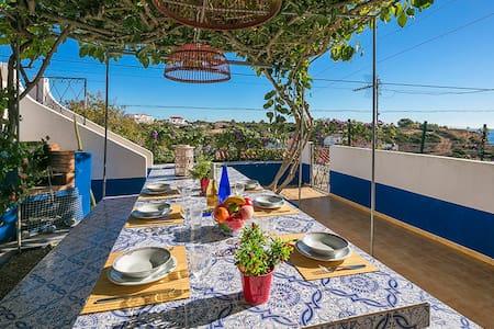 Apartment located 175m from beach! - Carvoeiro