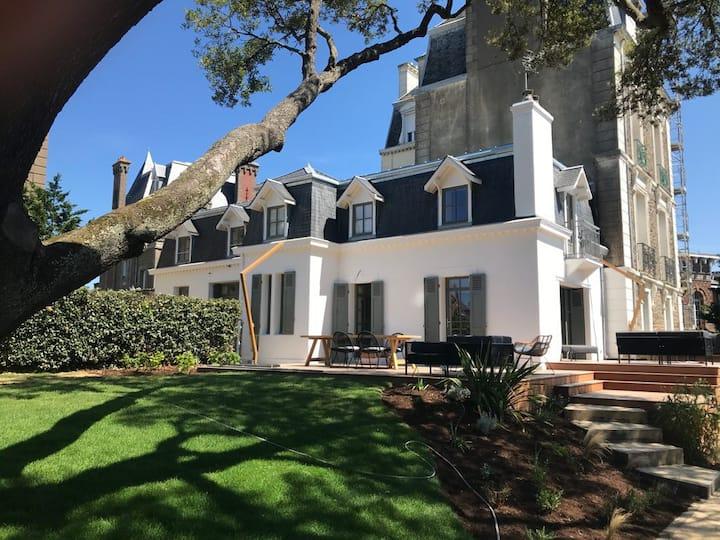 L'ENTRE DEUX MERS - Nice House, Garden, seaview