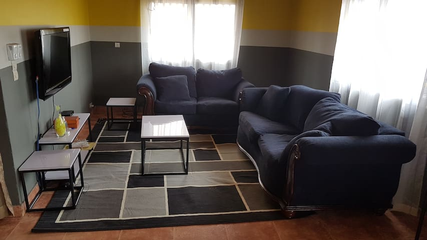 Grand appartement 3 chambres, séjour et cuisine