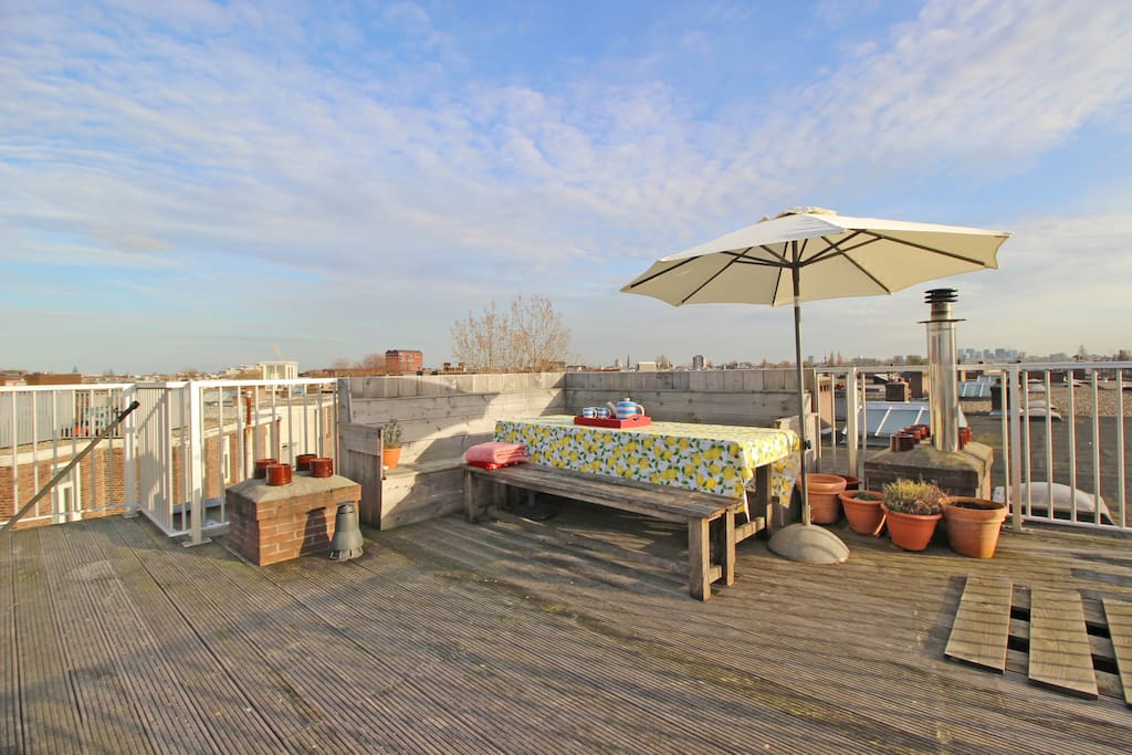 Look over Amsterdam at this amazing roof terrace