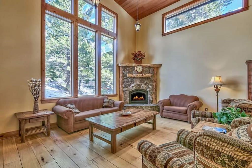 Large living room with cozy gas fireplace