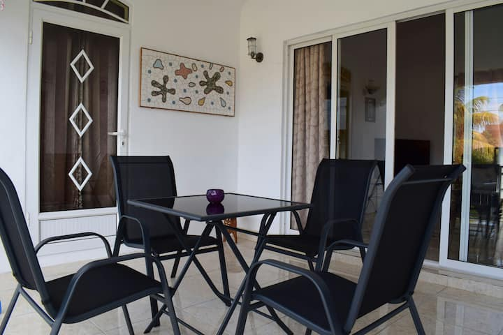 Oasis Kite Appartment- (Car & Pick up Rental)