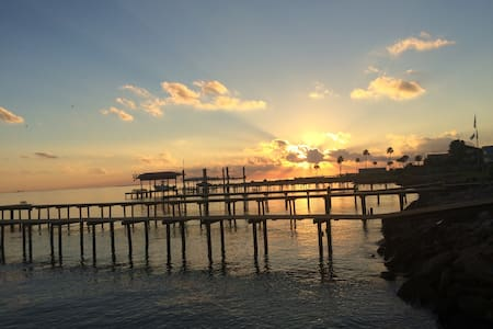 Beautiful Home on Galveston Bay! - San Leon
