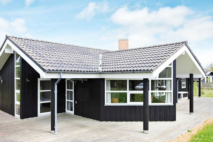 4 star holiday home in Hirtshals