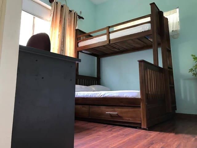 Room B, Bunk Bed