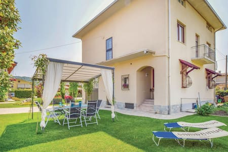 Semi-Detached with 3 bedrooms on 110m² in Gozzano  (NO)