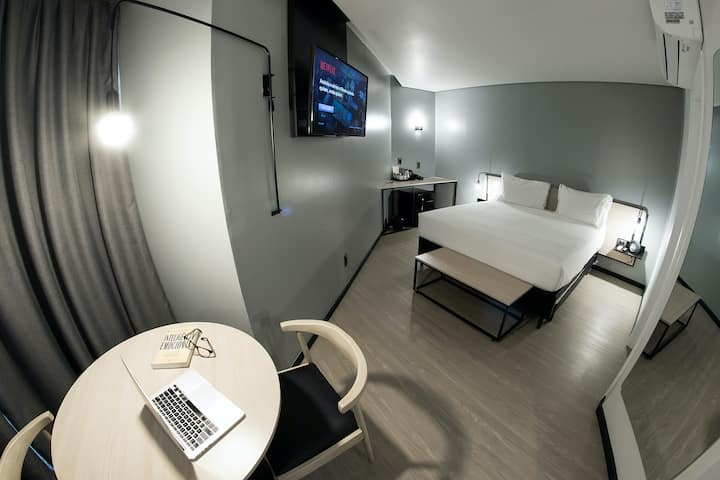 SUITE HOTEL DESIGN *Café da manhã - Wifi - SmarTV*