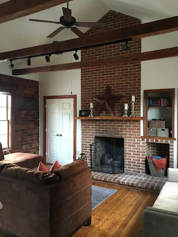 Historic Apartment in Fincastle - Fincastle