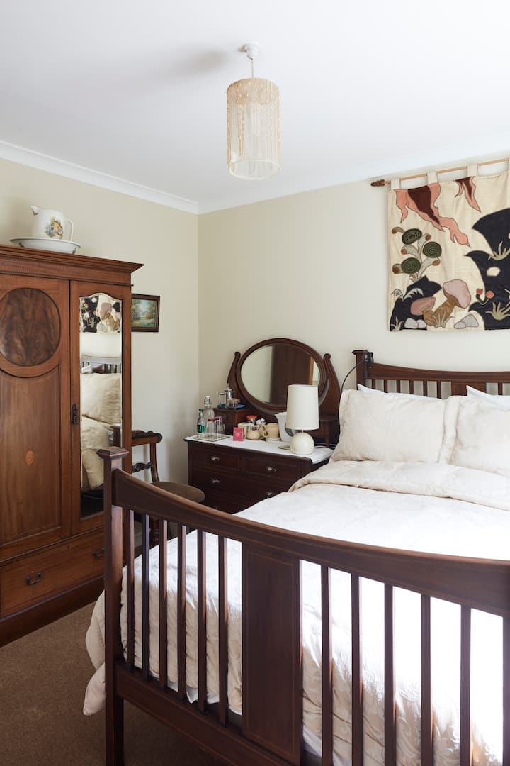 Brookvale B&B-double& single with private bathroom