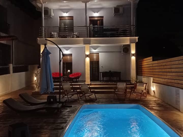 Villa Athina 1οροφ 1st floor-μαγευτικό περιβάλλον