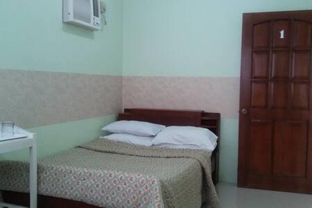 Family Room - Bed & Breakfast
