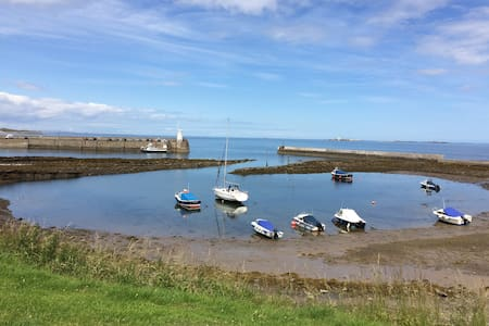 Catkin cottage. Sea Views and close to the beach. - Northumberland - Bed & Breakfast