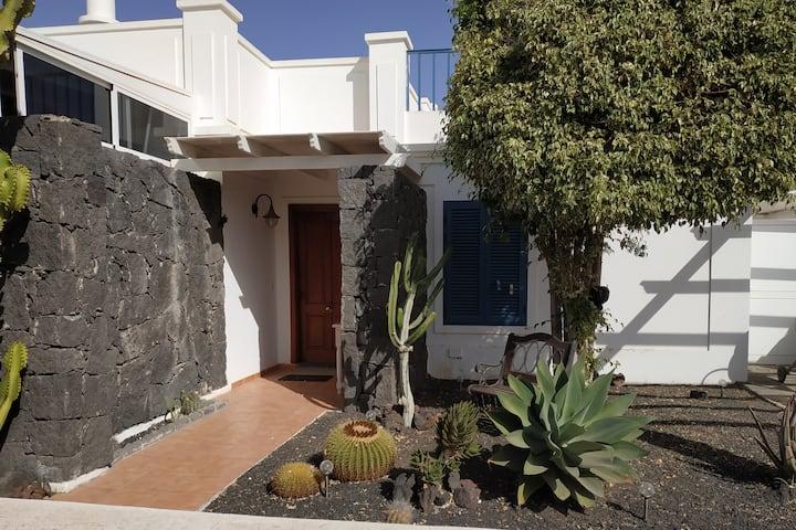 Haus in ruhiger, zentraler Gegend in Playa Blanca