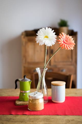 Enjoy you breakfast with the Moka for traditional Italian espresso