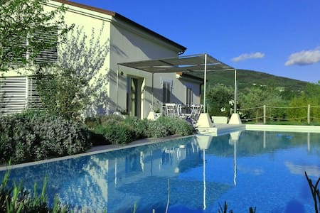 Villa with pool among Marche-Umbria