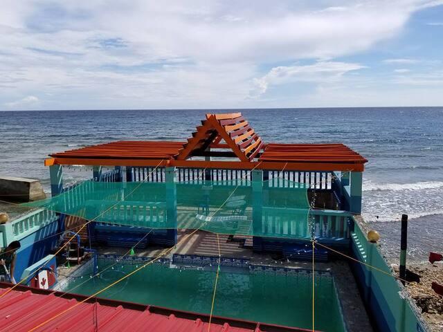 Beachfront Villa w/ 2 Adult-Kiddie Pool & Sun Deck