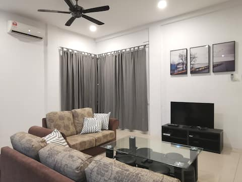 J5 HomeSweetHome (New, Clean and Comfortable)