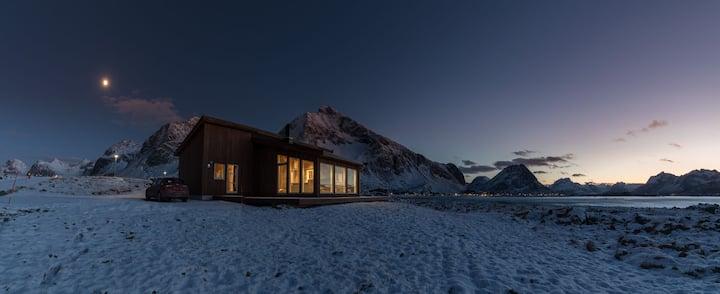 Modern cabin in beautiful surroundings