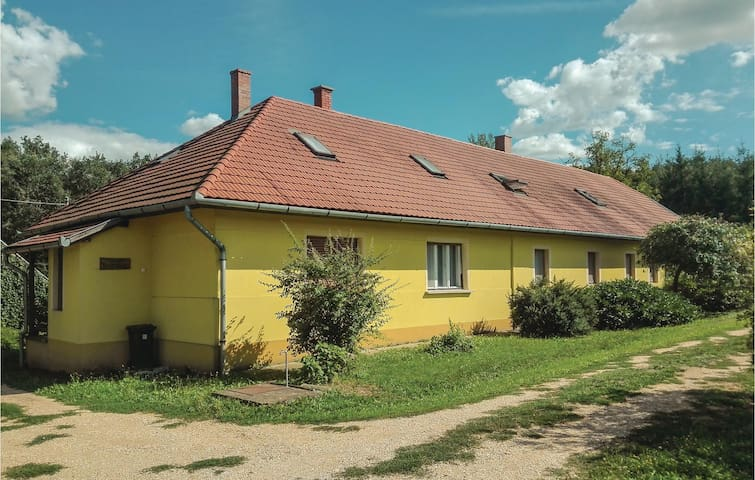Holiday apartment with 3 bedrooms on 85 m² in Öriszentpéter