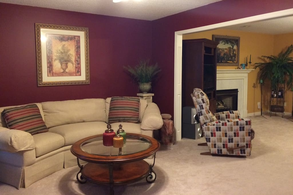Living room - opens to the den