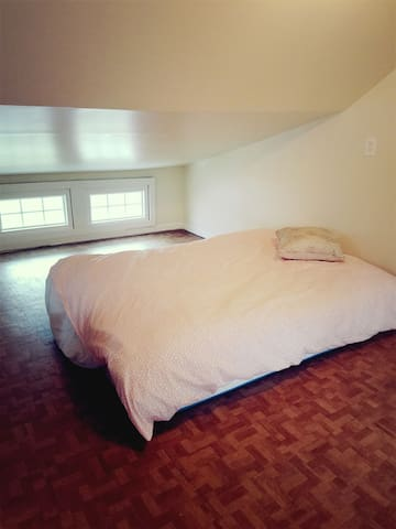 Cozy family home, 30 min NYC. XL - Montclair - Rumah
