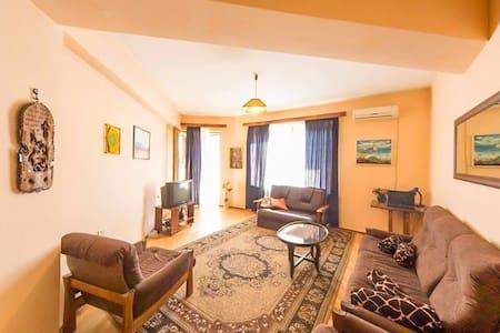 Soul Apartment in Old Tbilisi (Leselidze Str) - Tbilisi - Service appartement