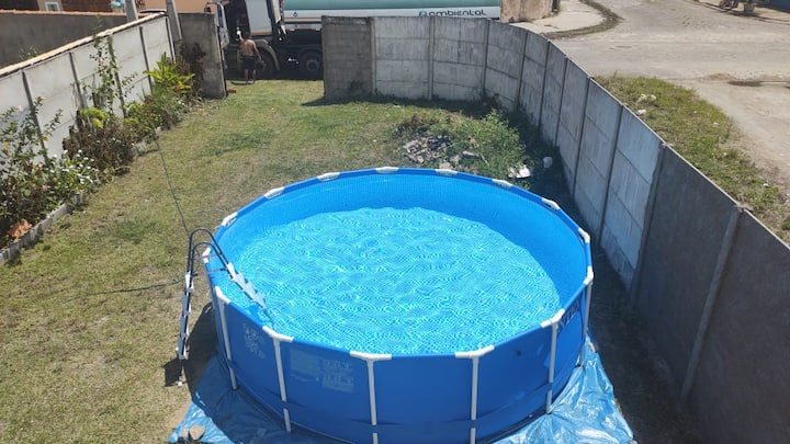 casa prox a praia, piscina, ótima acomodação.