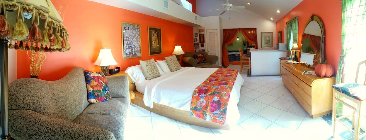 Master Suite along the beaches...