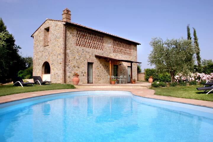 Country Villa in the Chianti Shire