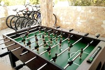 (NEW PHOTO) LET'S PLAY TABLE SOCCER !