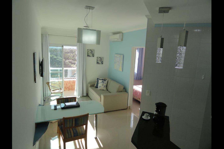 "Sala c/TV SONY Led 32"", mesa e sofá-cama"