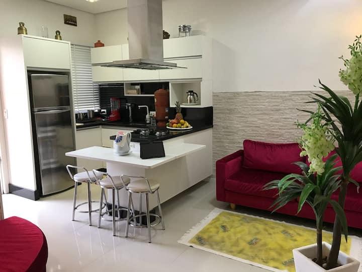 Apartamento estilo casa em pleno centro de Floripa
