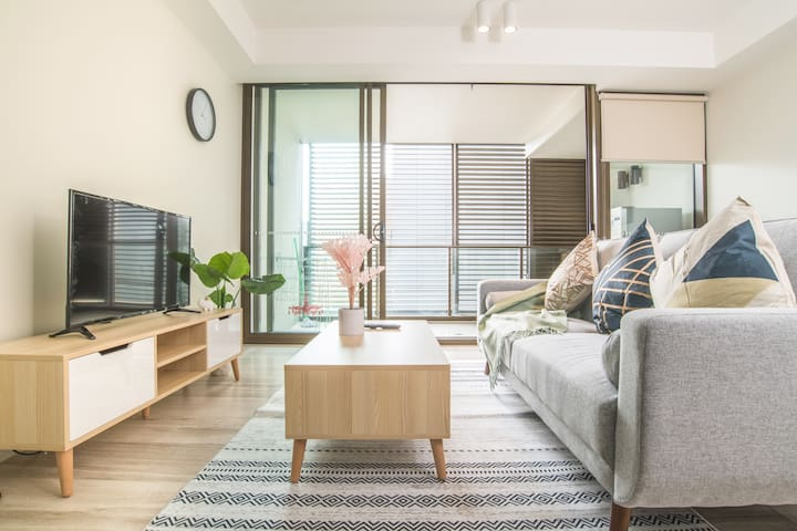1bed1bath apartment-in the Heart of Sydney Central