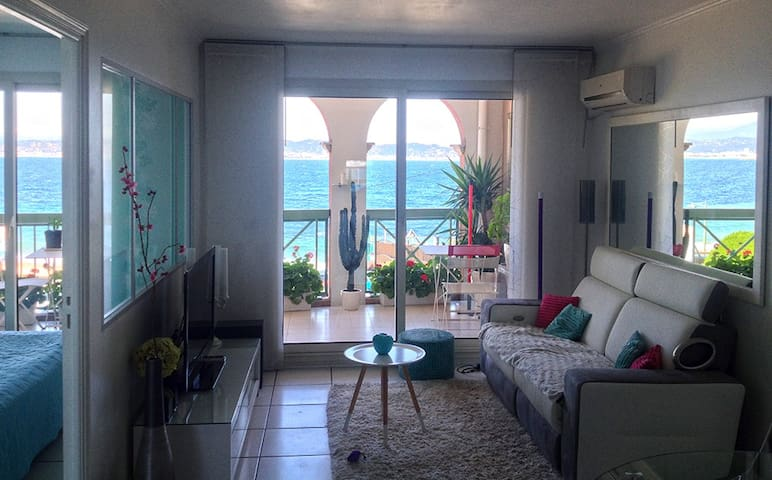 Théoule - Apartment 20 meters from the beaches