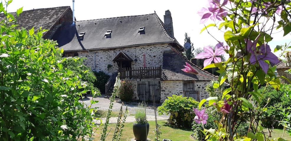 The Farmhouse in Figeas