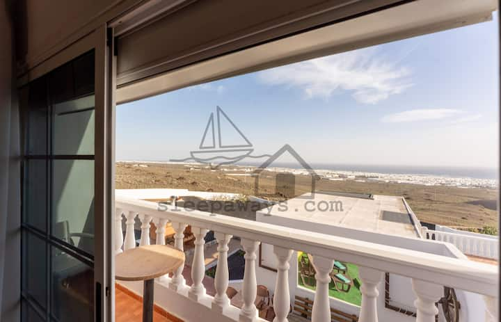 Wide Views Aparment Lanzarote 5