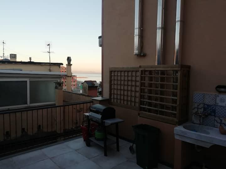 Appartamento 2 livelli terrazzo vista mare