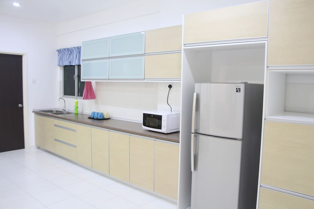 Kitchen area come with fridge,  water filter, microwave and basic cooking utensils