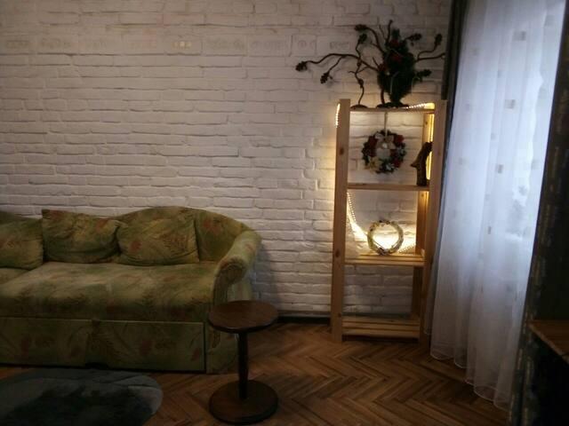 центр интересная квартира в шикарном районе