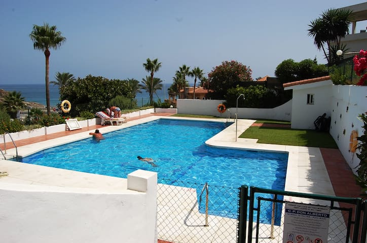 Luxurious apartment in club la costa, mijas costa - Mijas - Flat