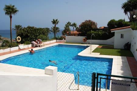 Luxurious apartment in club la costa, mijas costa - Mijas