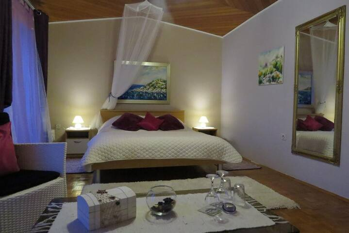 Deluxe double room with sea view and terrace
